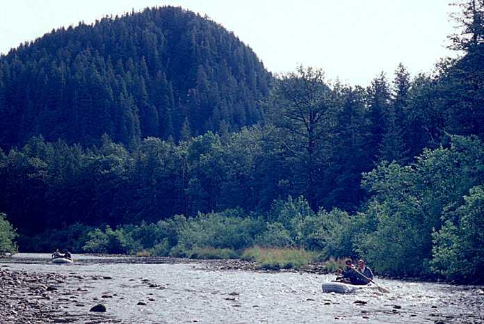 Alaska glacier sea kayaking for Hubbards fishing float